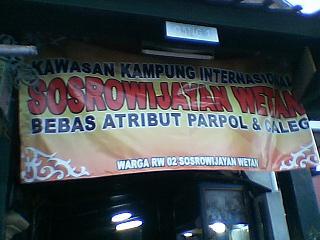 ~ Jl.sosrowijayaN,teMpaT pen9inaPan kami~